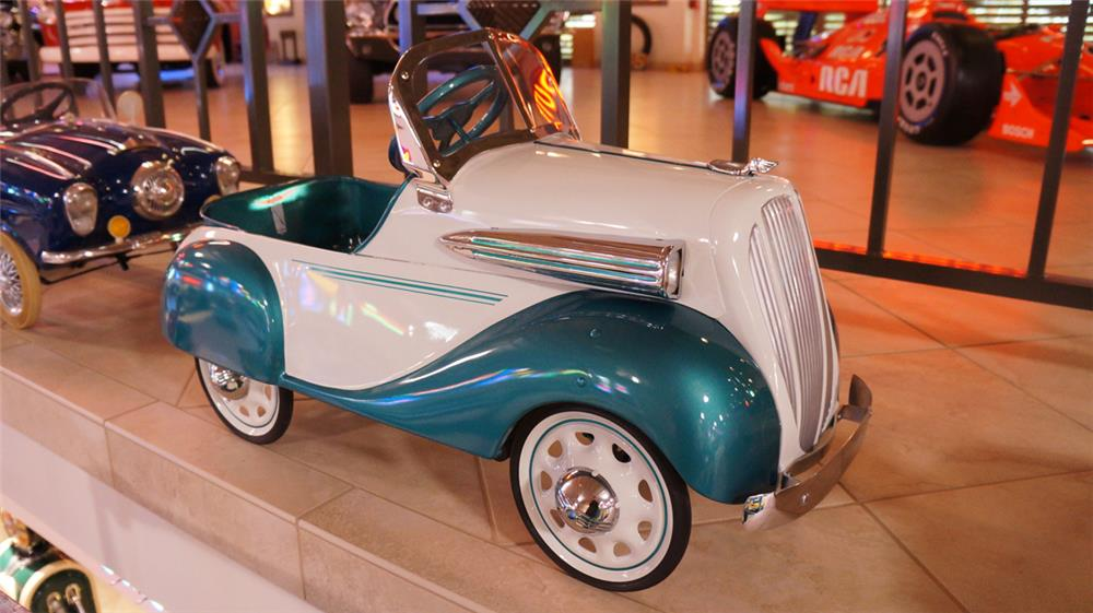 1938 Chevrolet Restored Steelcraft Pedal Car