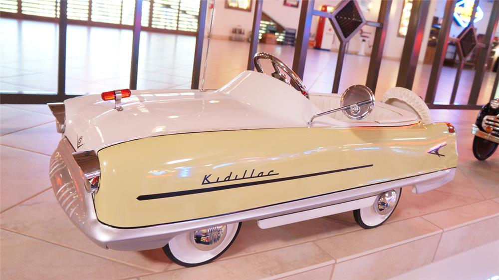 1959 Garton Deluxe Kidillac restored pedal car - Front 3/4 - 179688
