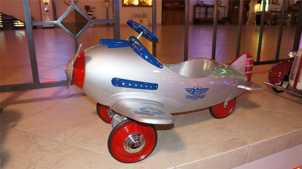 Wonderful 1941 professionally restored Murray Pursuit pedal air plane. - Front 3/4 - 179704