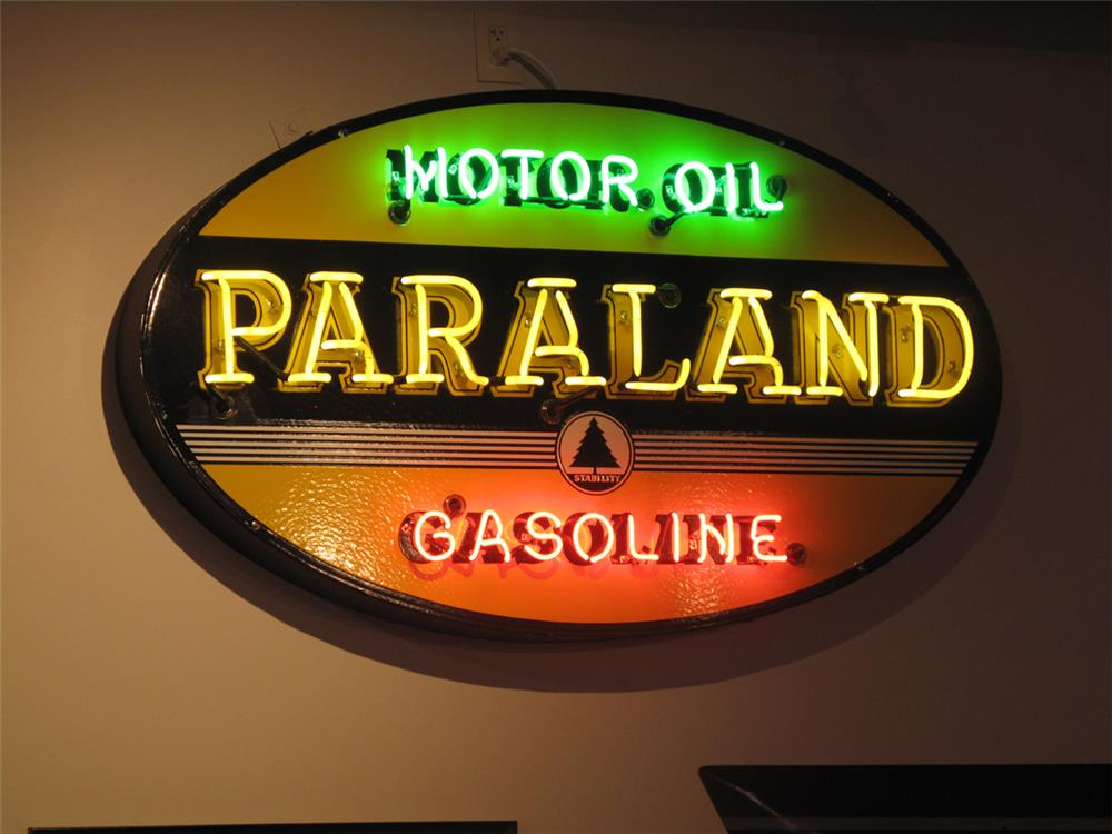 Rare Paraland Motor Oil single-sided neon porcelain service station sign. - Front 3/4 - 179746