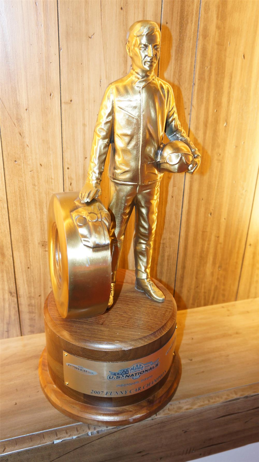 Important 2007 Mac Tools U.S National Funny Car Champion Trophy won by Mike Ashley. - Front 3/4 - 179779
