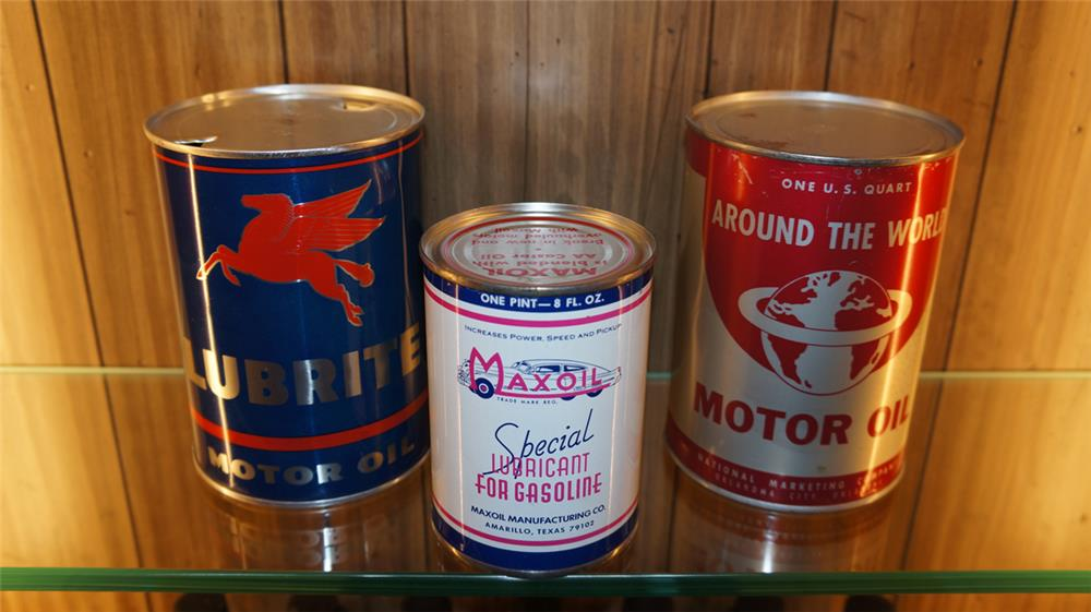 Lot of three 1940's-50's metal oil cans - Front 3/4 - 179803