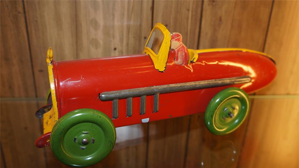 1930's Marx Toys tin litho grand prix race car with driver. - Front 3/4 - 179804