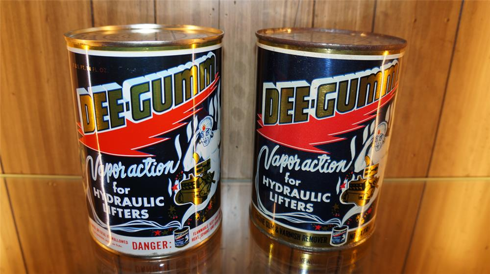 Lot of two late 1950's-60's Dee-Gumm for Hydraulic Lifters metal quart cans. - Front 3/4 - 179809