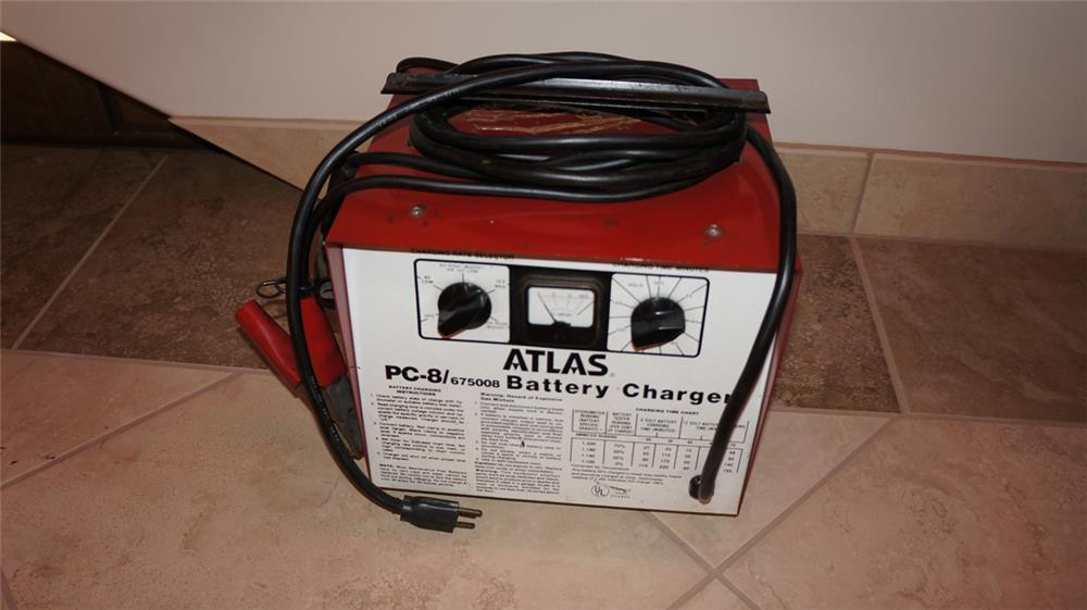 Late 1960's Standard Atlas service station battery charger. - Front 3/4 - 179861
