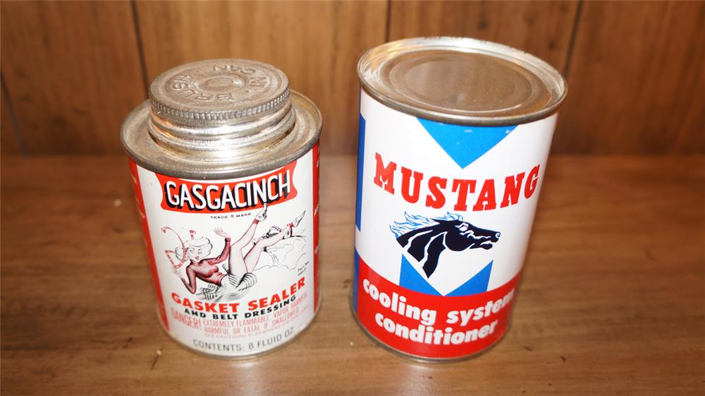 Lot of two 1950's tins - Front 3/4 - 180062