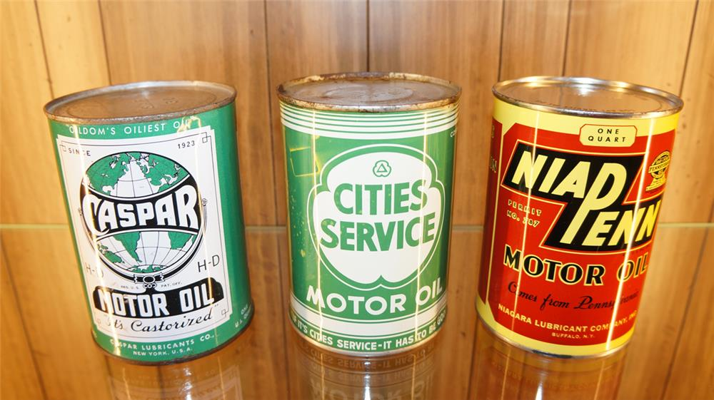 Lot of three 1930's-50's metal oil quarts for Caspar, Cities Service and Niad Penn. - Front 3/4 - 180098