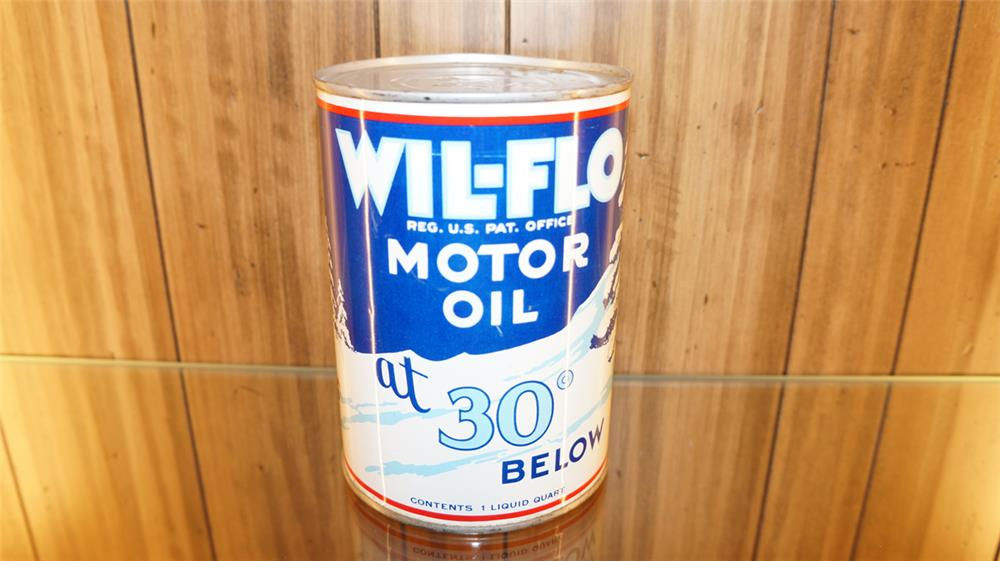 N.O.S. 1930's Wil-Flo Ace High Motor Oil metal quart can with nice snow scene graphics. - Front 3/4 - 180174