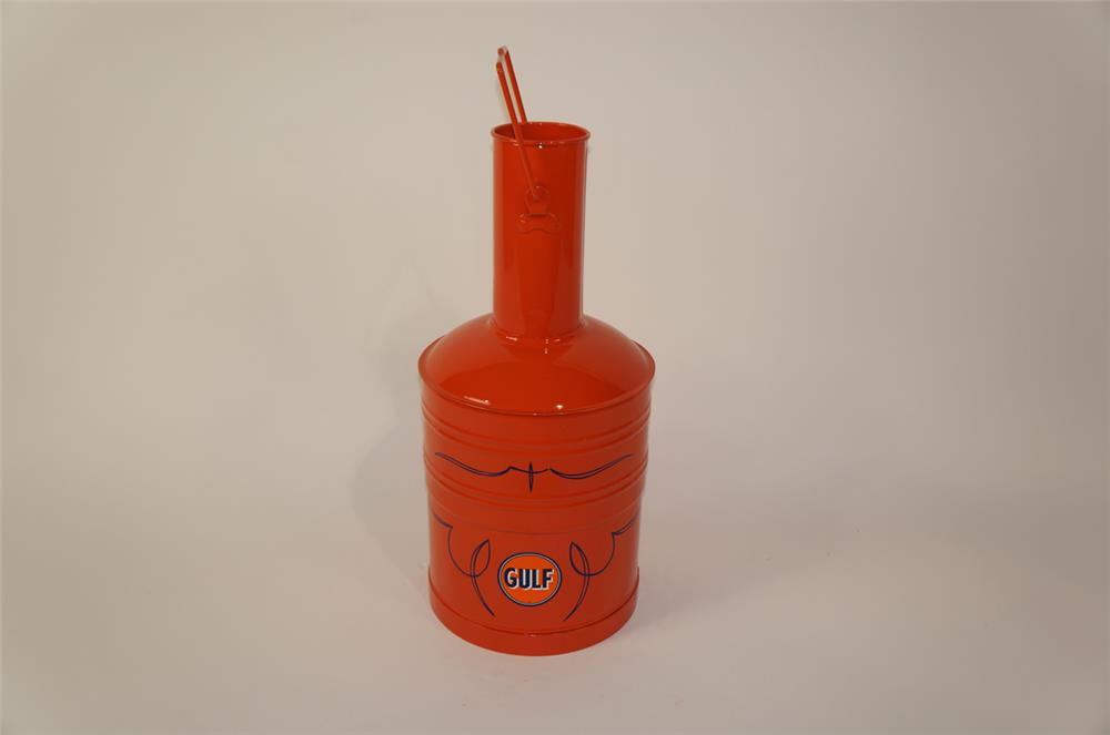 Sharp 1930's Gulf Oil five gallon restored bulk oil/gas can. - Front 3/4 - 181893