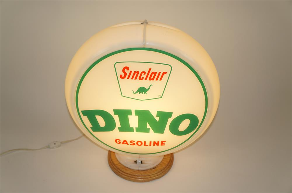 Late 1950's Sinclair Dino Gasoline gas pump globe in a Capcolite body. - Front 3/4 - 181988