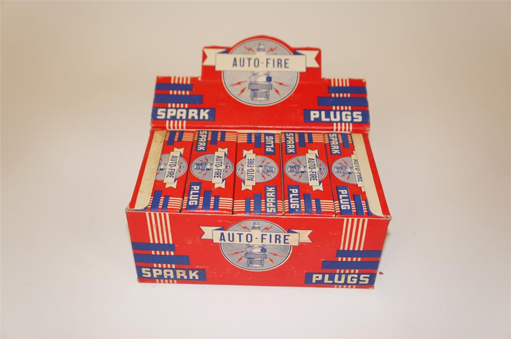 NOS 1930's Auto-Fire Spark Plugs counter-top display still full of unused plugs. - Front 3/4 - 182246