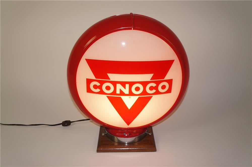 Choice 1950s Conoco gas pump globe in a Capcolite body. - Front 3/4 - 184551