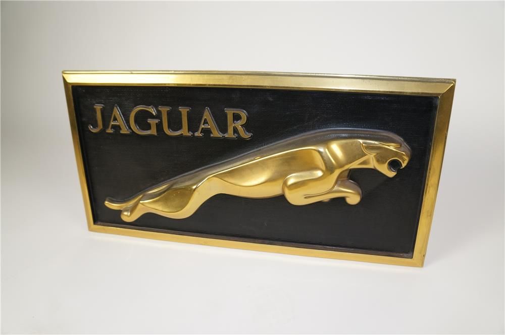 Stylish circa 1960's-70's Jaguar Automobiles showroom counter top three-dimensional display sign. - Front 3/4 - 184570