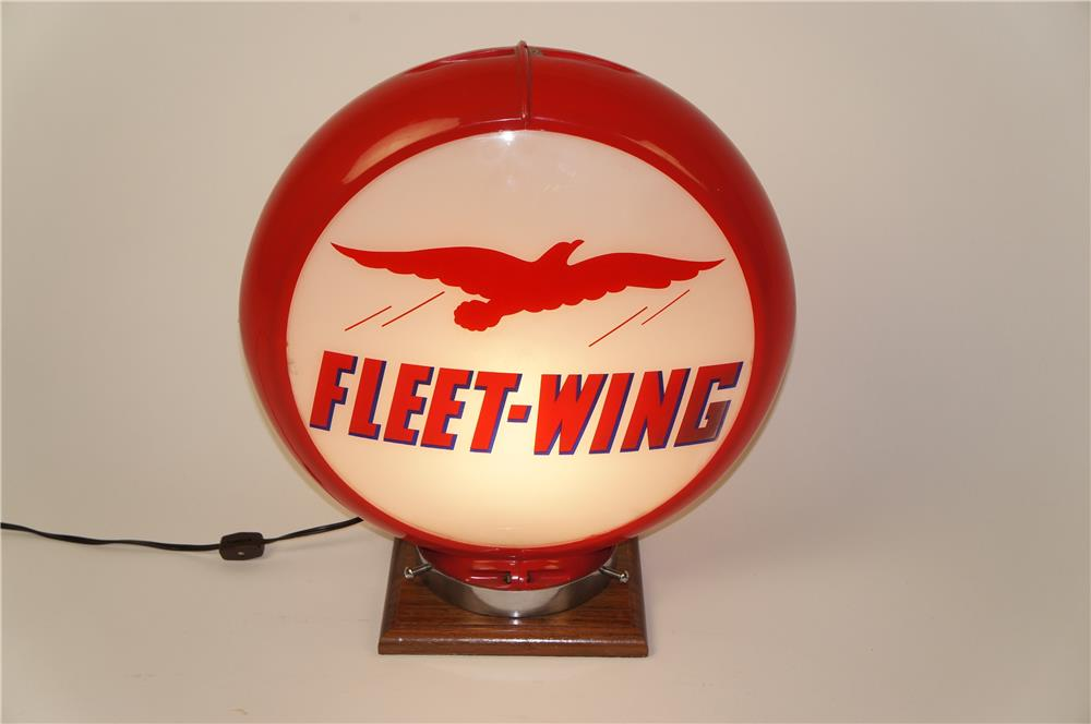 Awesome Fleetwing Gasoline gas pump globe in a Capcolite body. - Front 3/4 - 184586