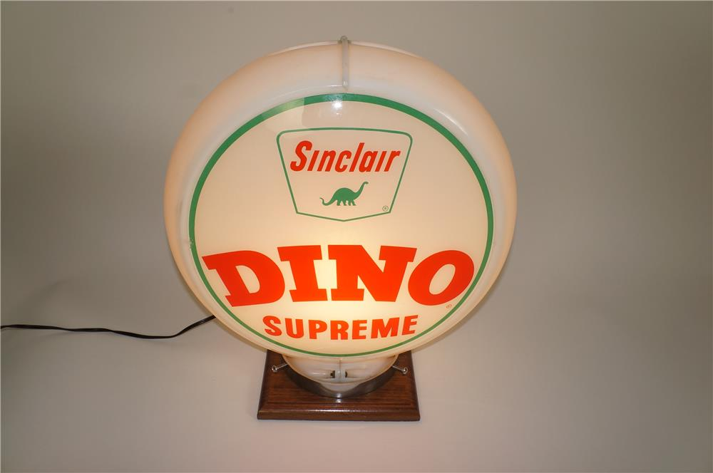 Late 1950s-60s Sinclair Dino Supreme Gasoline gas pump globe in a Capcolite body. - Front 3/4 - 184615
