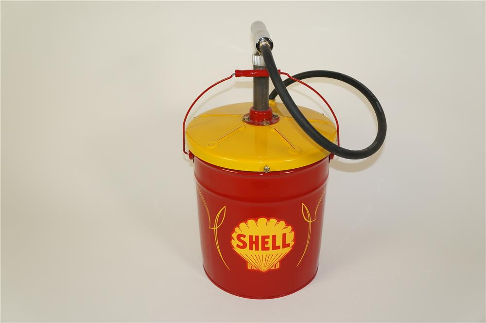 Choice 1950s Shell oil restored service department hand pump greaser. - Front 3/4 - 184655