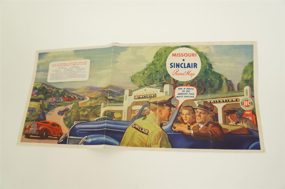 Circa late 1930s Sinclair Oil Road Map of Missouri featuring wonderful artwork of a period station. - Front 3/4 - 184666