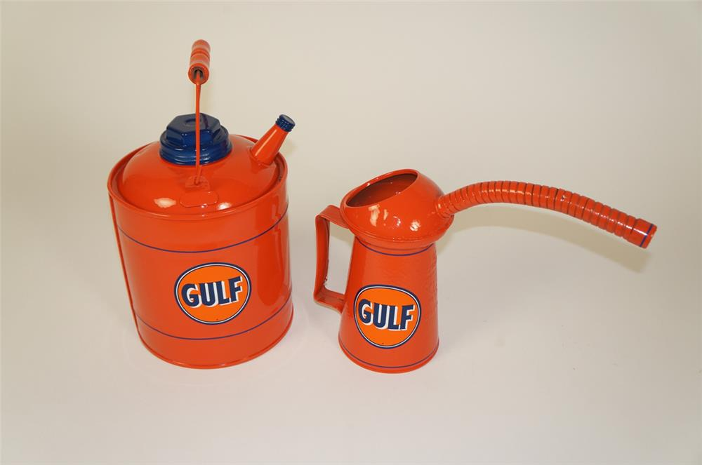 Lot of two 1930s Gulf Oil service department multi fluid tin and oiler. - Front 3/4 - 184717