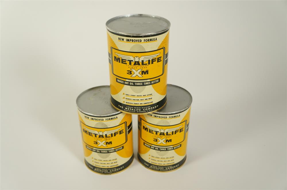 Lot of three NOS 1950s Metalife Oil Conditioner metal quart tins. Very clean! - Front 3/4 - 184744