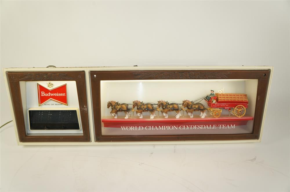 Unusual version Budweiser World Champion Clydesdale Team light-up tavern shadowbox sign. - Front 3/4 - 184766