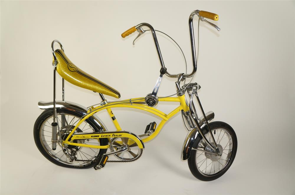 Highly desirable 1972 Schwinn Lemon Peeler Sting-Ray krate 5-speed bicycle. - Front 3/4 - 184772