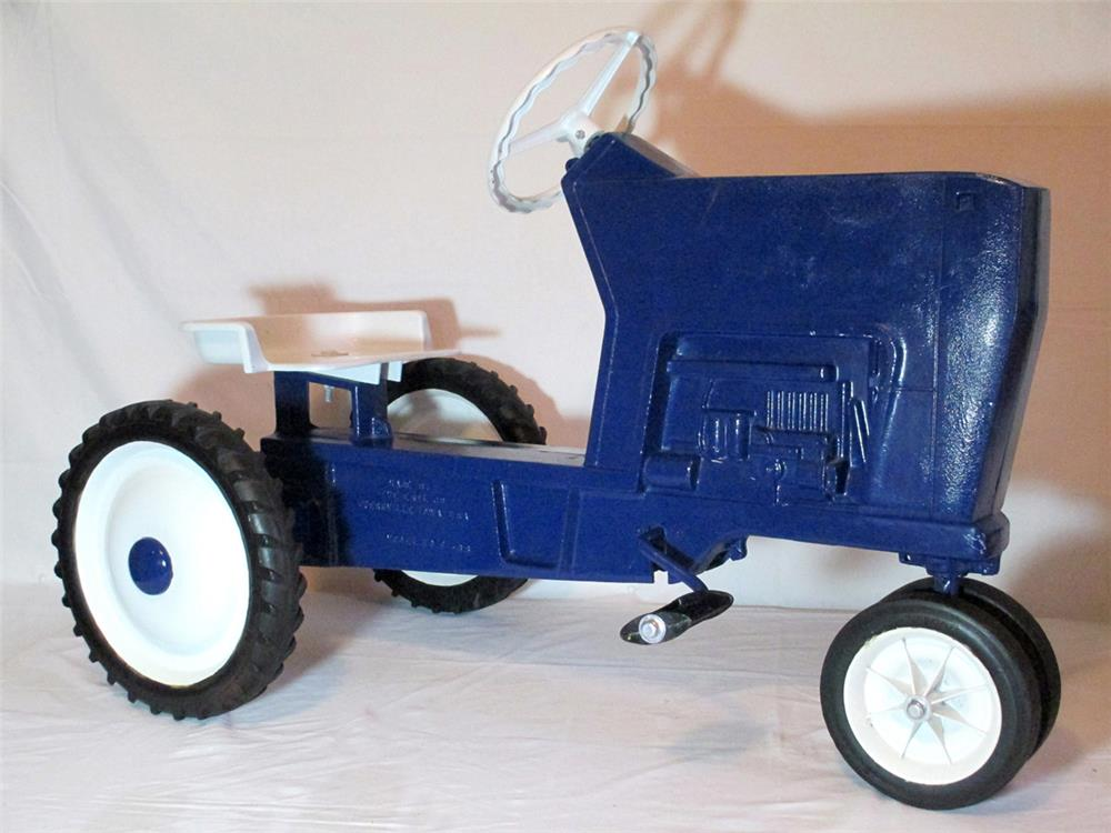 Restored 1968 ERTL die cast ride-on chain drive tractor with articulated motor. - Front 3/4 - 184797