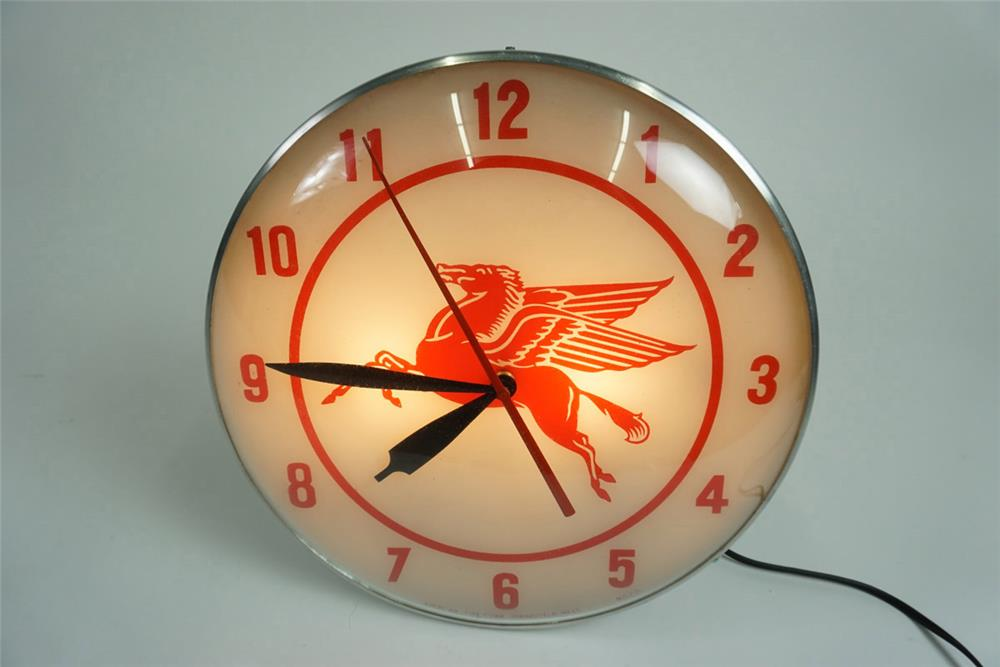 Fabulous 1950s Mobil Oil glass faced light-up service station clock with Pegasus logo. - Front 3/4 - 185944