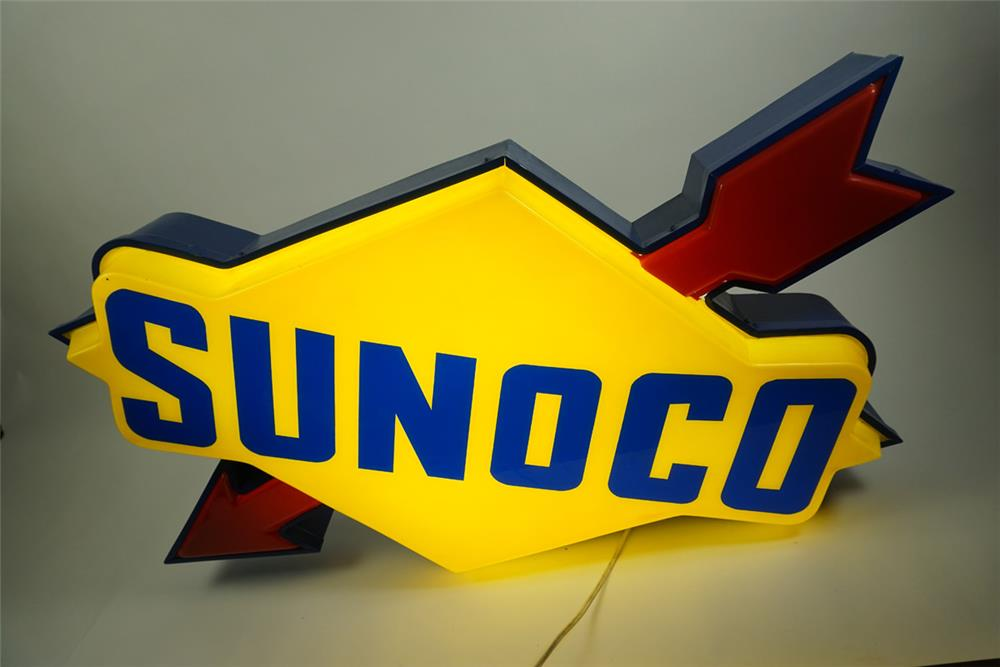 Large Sunoco single-sided light-up service station sign with arrow. - Front 3/4 - 186170
