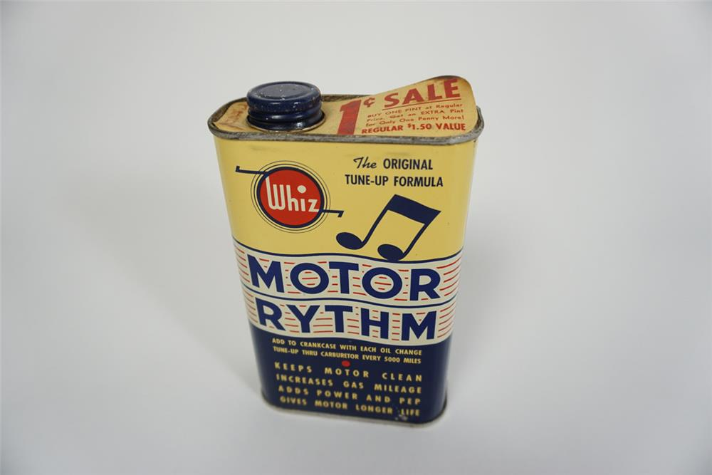 Wonderful NOS circa early 1950s Whiz Motor Rhythm sixteen ounce oil additive tin still full. - Front 3/4 - 186241