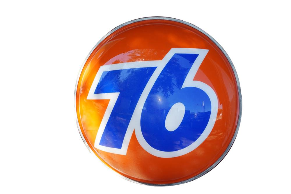 Huge Union 76 single-sided light up service station three dimensional ball sign. - Front 3/4 - 186244
