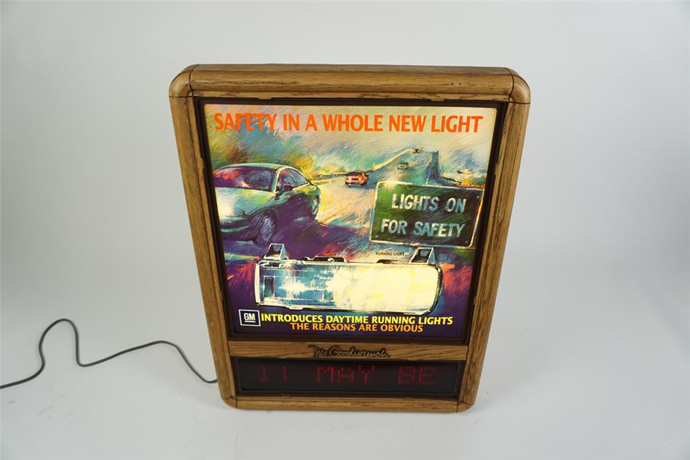 Mr Goodwrench - GM Parts light-up service department sign with programmable message board. - Front 3/4 - 186290