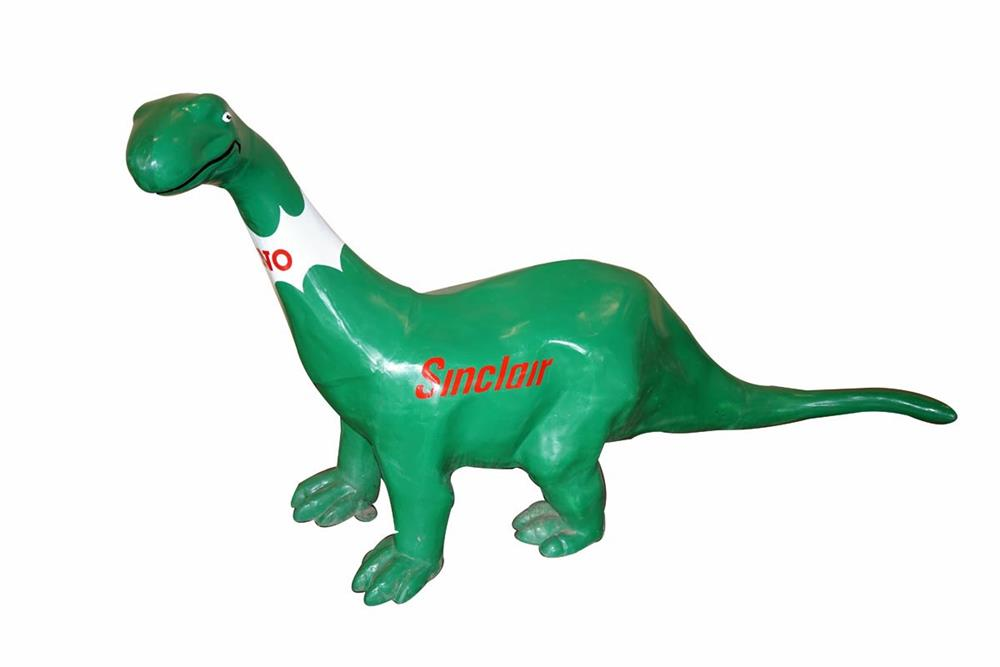 "Phenomenal large three dimensional cast metal Sinclair Service Station ""Dino"" the dinosaur statue. - Front 3/4 - 186315"