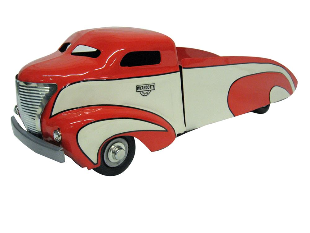Beautiful 1930s Wyandotte art deco toy truck customized into a spectacular period rollback. - Front 3/4 - 186331