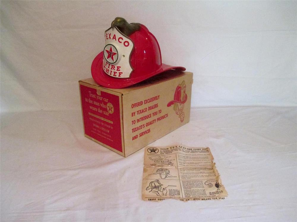 NOS 1960s Texaco dealer promotional Fire Chief Helmet with working microphone/speaker found in original box. - Front 3/4 - 186390