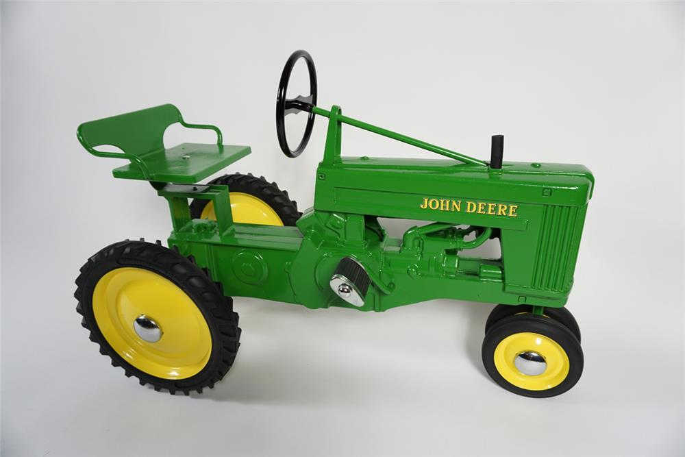 Very hard to find 1950s John Deere 60 cast metal pedal tractor by Eska. - Front 3/4 - 187786