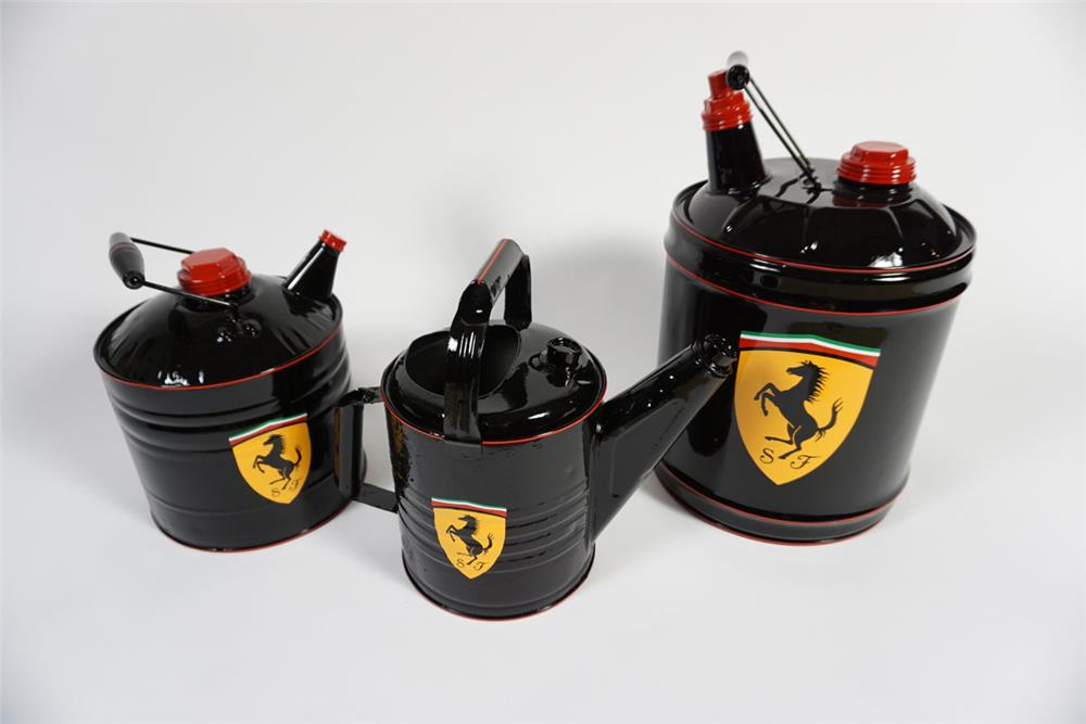 Lot of three vintage service department multi fluid tins perfectly restored in Ferrari regalia. - Front 3/4 - 187875