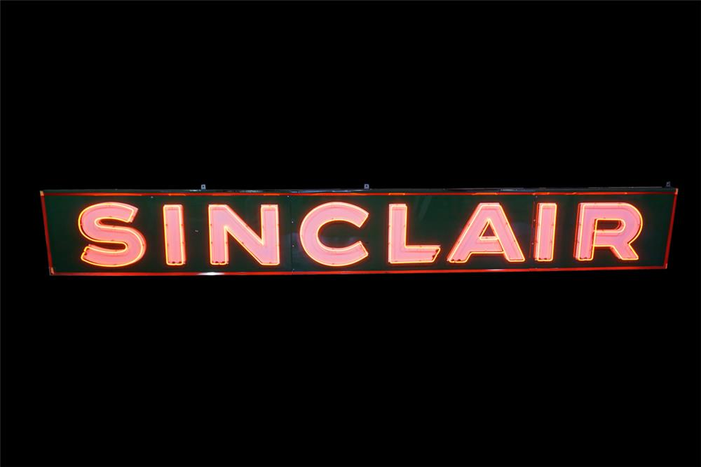 Huge Sinclair Oil single-sided neon porcelain service station sign with animated neon. - Front 3/4 - 189871