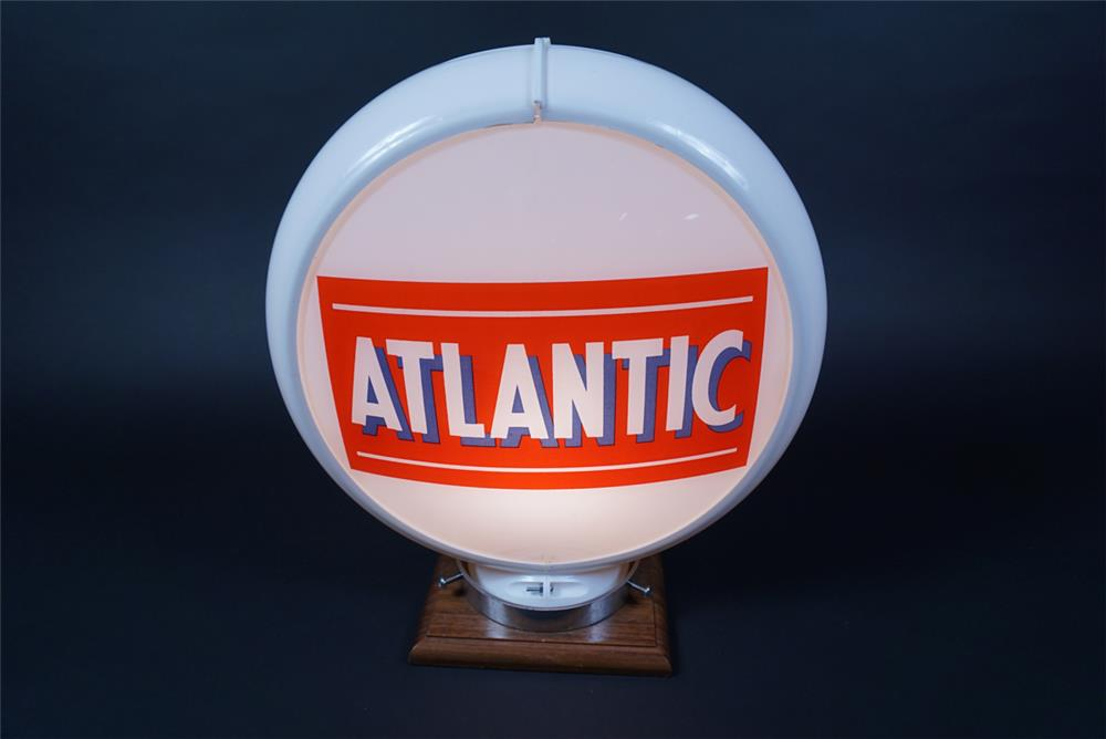 NOS 1950s Atlantic Gasoline gas pump globe in a Capcolite body. - Front 3/4 - 190678
