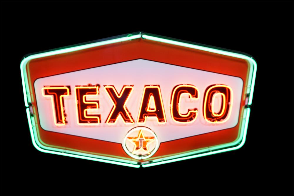 Stellar late 1950's-60s Texaco Oil single-sided porcelain with neon - Front 3/4 - 190791