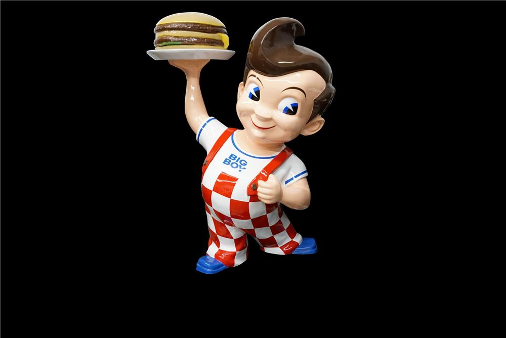 Spectacular 1950s-60s Big Boy Restaurants drive-in three dimensional statue with rotator. - Front 3/4 - 190902