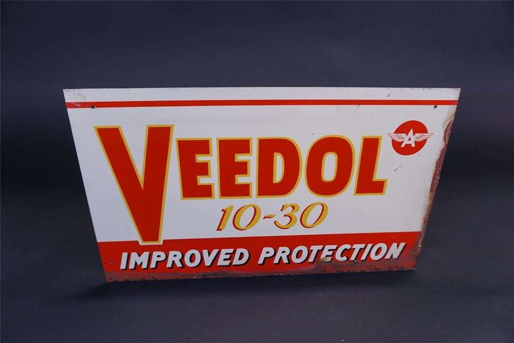 Circa 1950s Veedol 10-30 Motor Oil single-sided tin service station sign - Front 3/4 - 191112