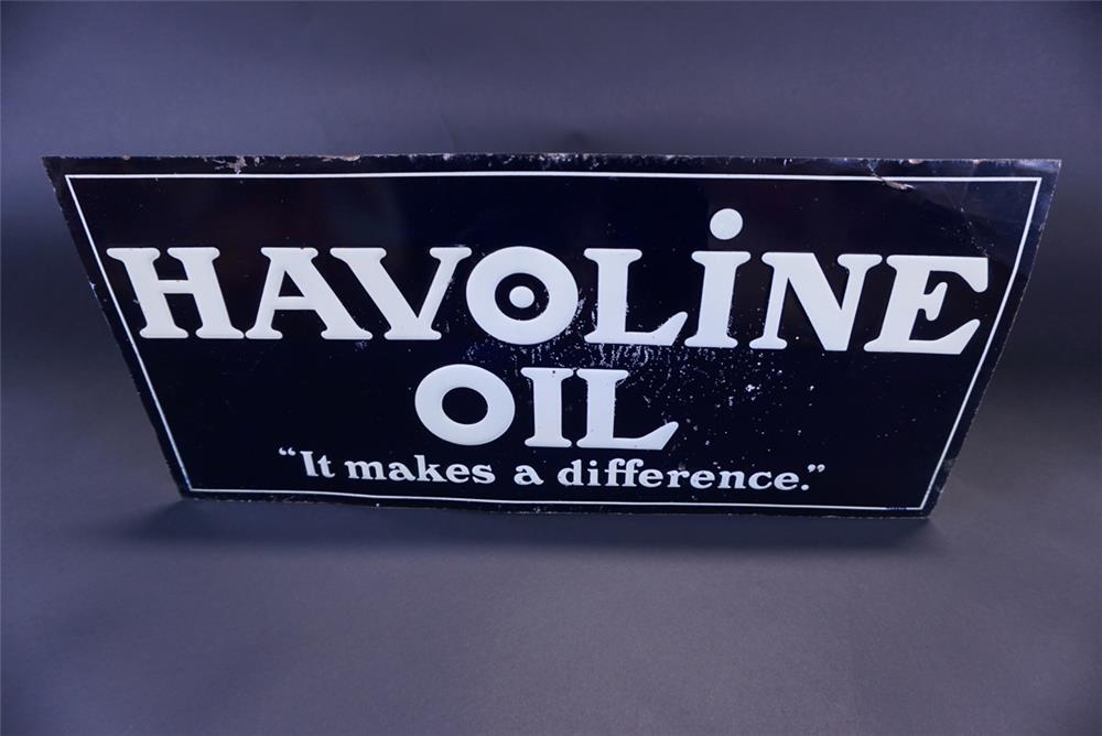 """Unusual 1930s Havoline Oil """"It Makes A Difference"""" single-sided tin service station sign. - Front 3/4 - 191333"""