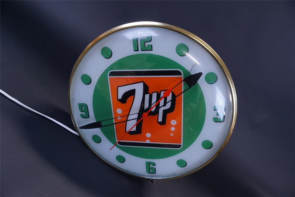 Sharp 1960 7-Up Soda glass-faced light-up diner clock by Pam. - Front 3/4 - 191393