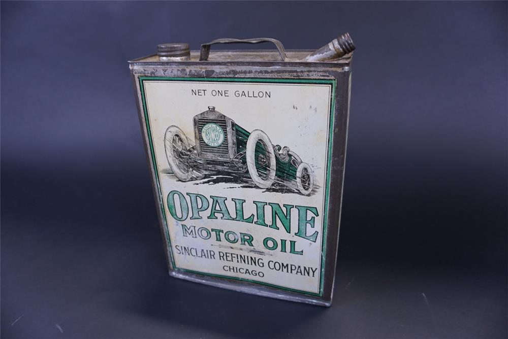 Killer 1920s Sinclair Opaline Motor Oil one gallon solder seamed tin with spout. - Front 3/4 - 191408