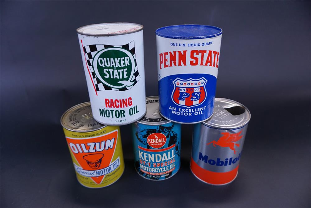 Lot of five vintage 1-quart motor oil cans for Quaker, Penn State, Oilzum, Kendall and Mobiloil. - Front 3/4 - 191437