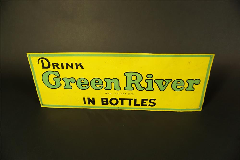 Uncommon late 1930s Green River Soda single-sided embossed tin sign. - Front 3/4 - 191512