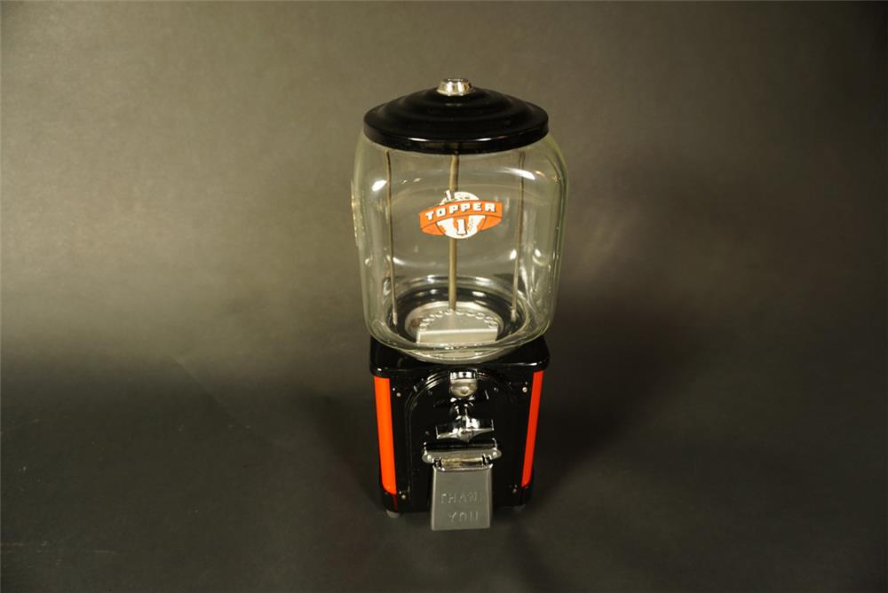 Nicely restored 1940s Topper 1 cent gumball/peanut machine with glass globe. - Front 3/4 - 191571