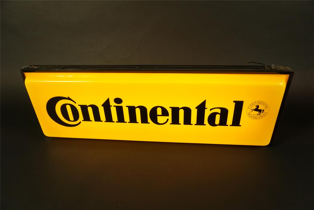 Choice Continental Tires double-sided light-up automotive garage sign. - Front 3/4 - 191583