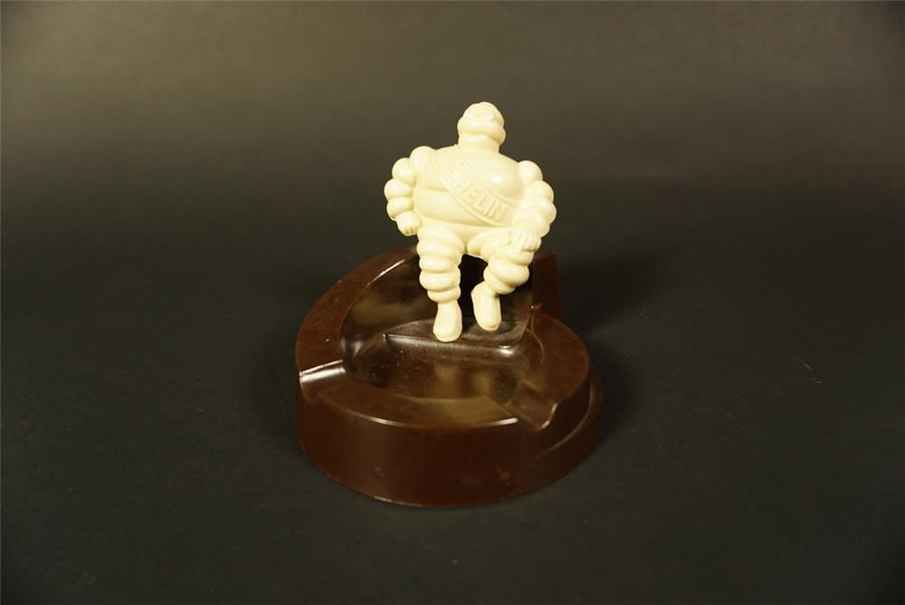 1930s Michelin Tires showroom sales Bakelite ashtray with three dimensional Bibendum (Michelin Man). - Front 3/4 - 191639