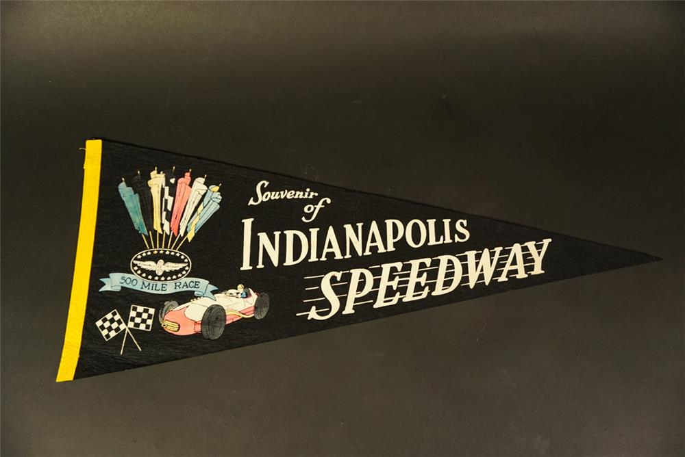 Hard to find 1950s Indianapolis Speedway 500 Mile Race souvenir pennant. - Front 3/4 - 191656